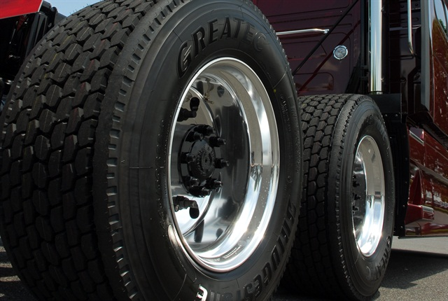SuperLite Truck Tire Chain Systems: Industry's lightest ...